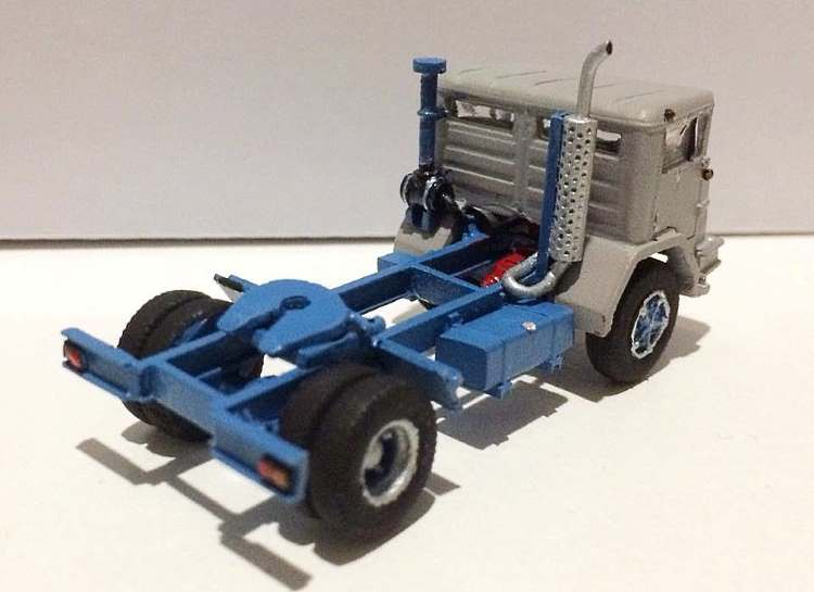 HO scale truck kit of the 1968-1971 ACCO s/d Prime Mover